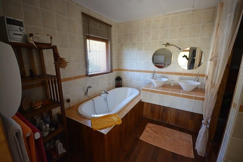 Sale house / villa Montceau 382000€ - Picture 6