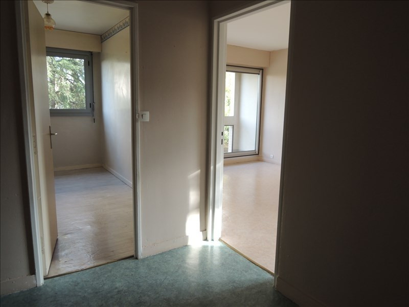 Location appartement Poitiers 576€ CC - Photo 3