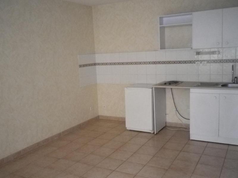 Location appartement Aix en provence 765€ CC - Photo 2