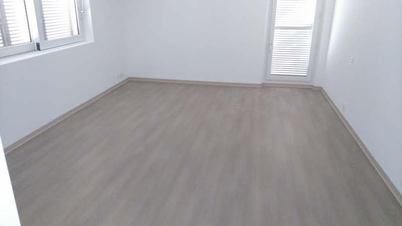 Sale apartment Toulon 380 000€ - Picture 3