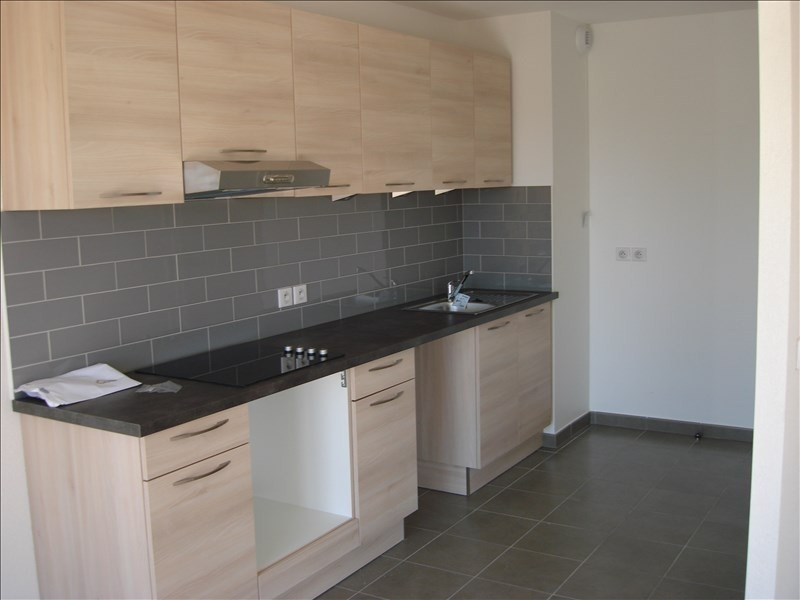 Location appartement Thoiry 2000€ CC - Photo 2