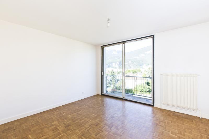 Location appartement Fontaine 580€ CC - Photo 5