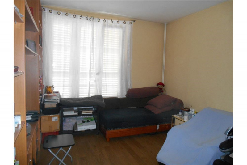 Sale empty room/storage Pontoise 1 565 000€ - Picture 9