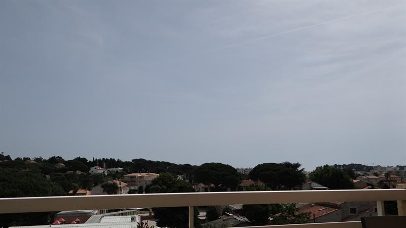 Location vacances appartement Cavalaire 650€ - Photo 1