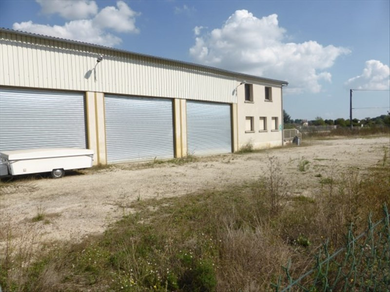 Location local commercial Tonnerre 1200€ HT/HC - Photo 1