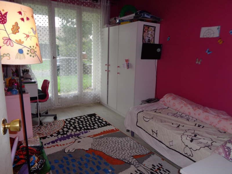 Sale house / villa Lesigny 424000€ - Picture 6