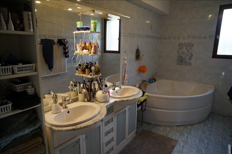 Sale house / villa Cavignac 231000€ - Picture 7