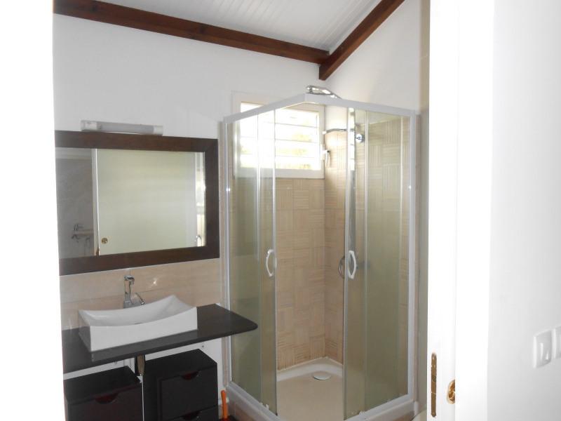 Location appartement Le gosier 732€ CC - Photo 4