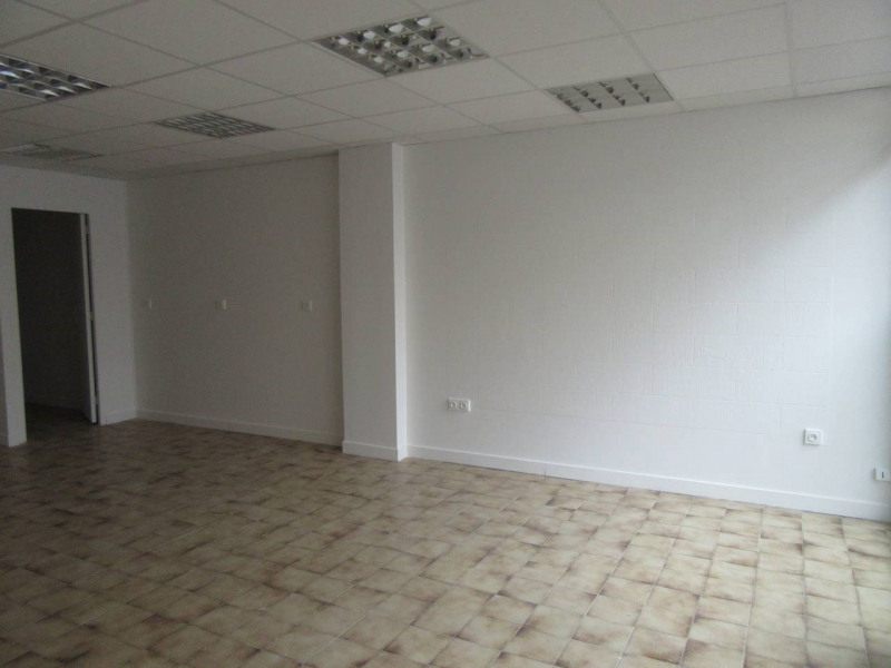 Location bureau Saint-chamond 444€ HT/HC - Photo 2