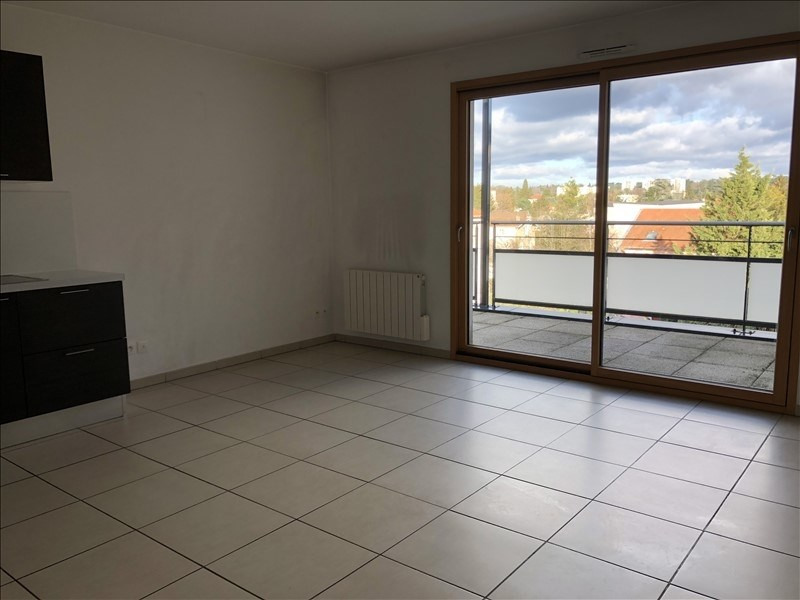 Location appartement Tassin la demi lune 744€ CC - Photo 1