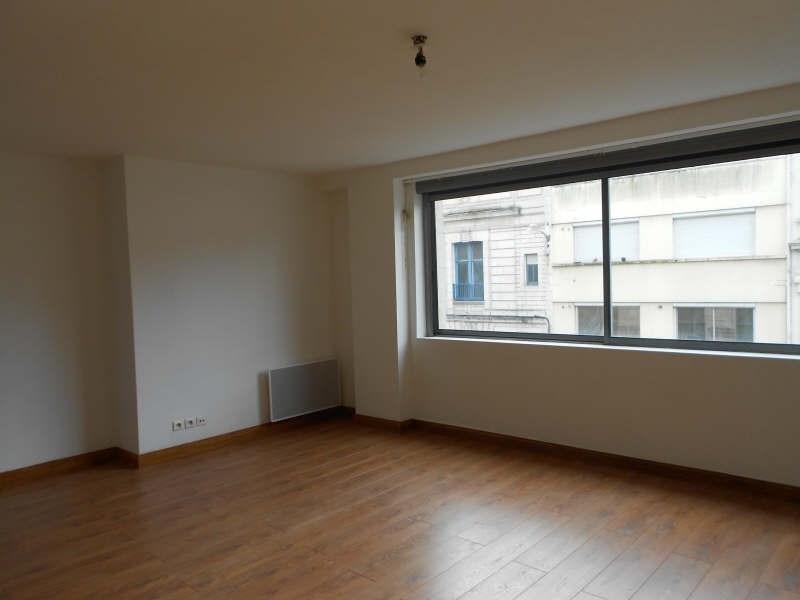 Location appartement Niort 342€ CC - Photo 3