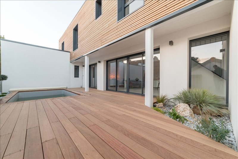 Deluxe sale house / villa La rochelle 717000€ - Picture 1