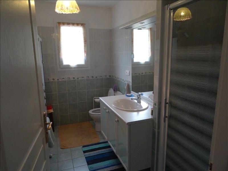 Sale house / villa Villamblard 182000€ - Picture 6