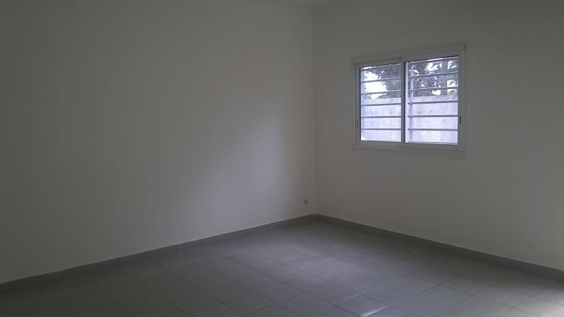 Rental empty room/storage St pierre 3000€ HT/HC - Picture 6