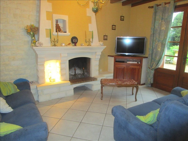 Sale house / villa Aulnay 181 460€ - Picture 1
