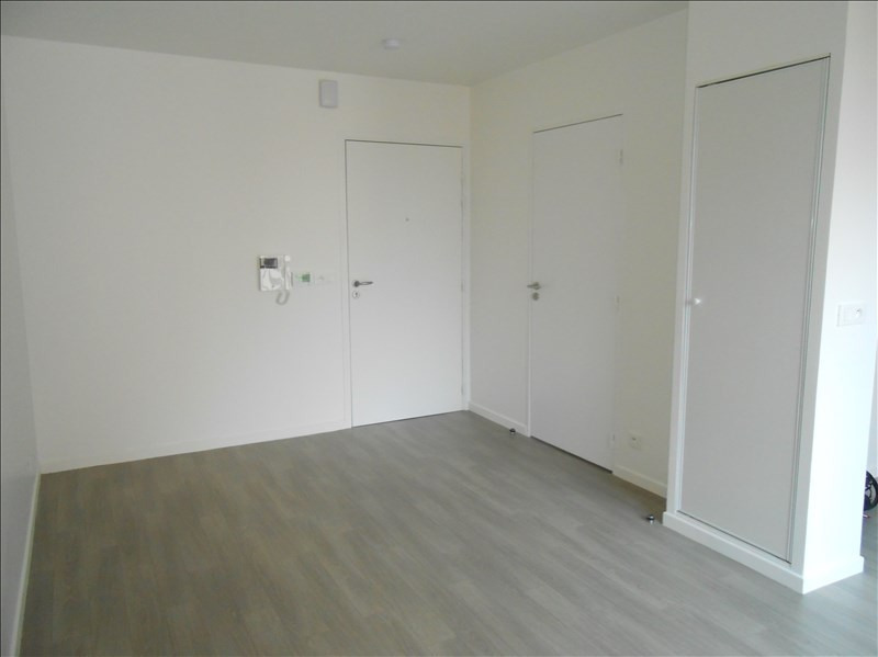 Location appartement Fleury sur orne 339€ CC - Photo 3