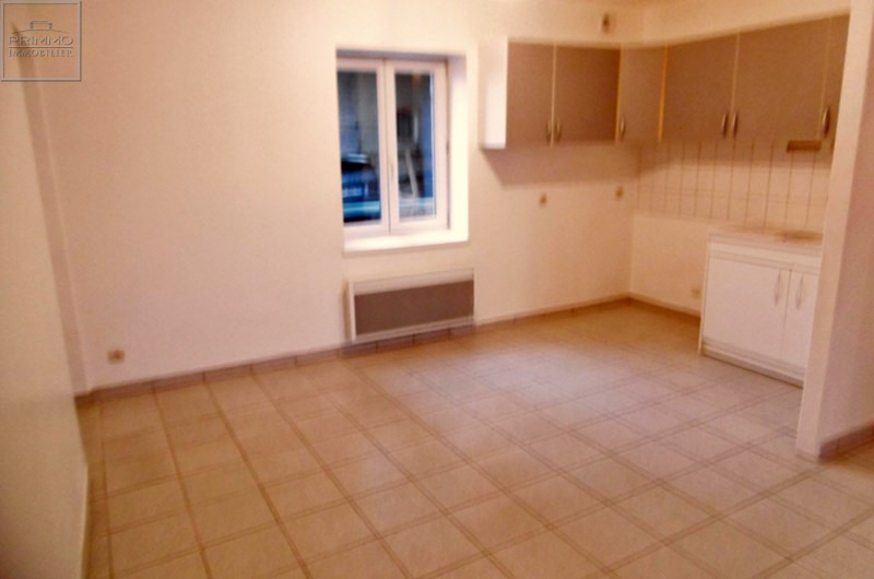 Location appartement Mionnay 830€ CC - Photo 2
