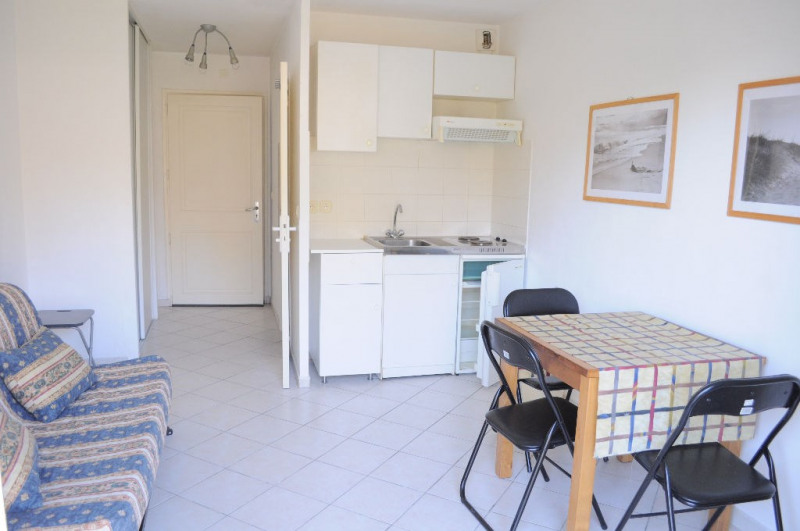 Location appartement Nice 479€ CC - Photo 1
