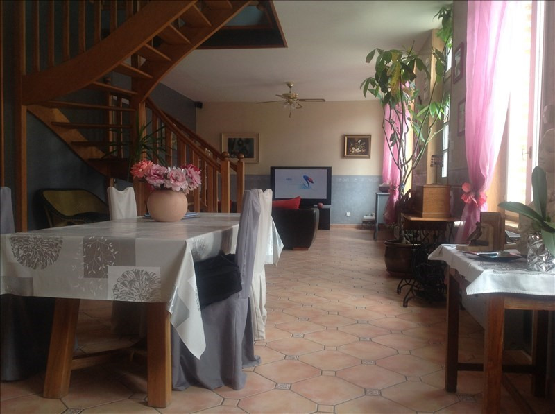 Sale house / villa St quentin 315 500€ - Picture 5