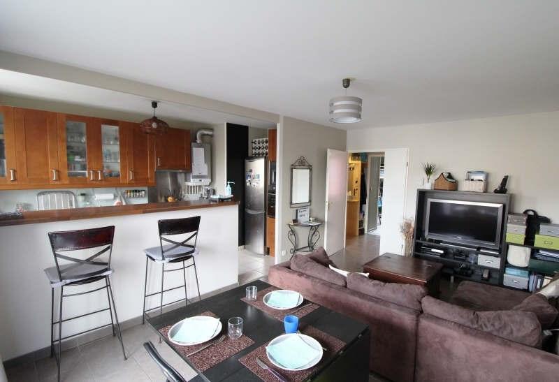 Sale apartment Maurepas 215500€ - Picture 1