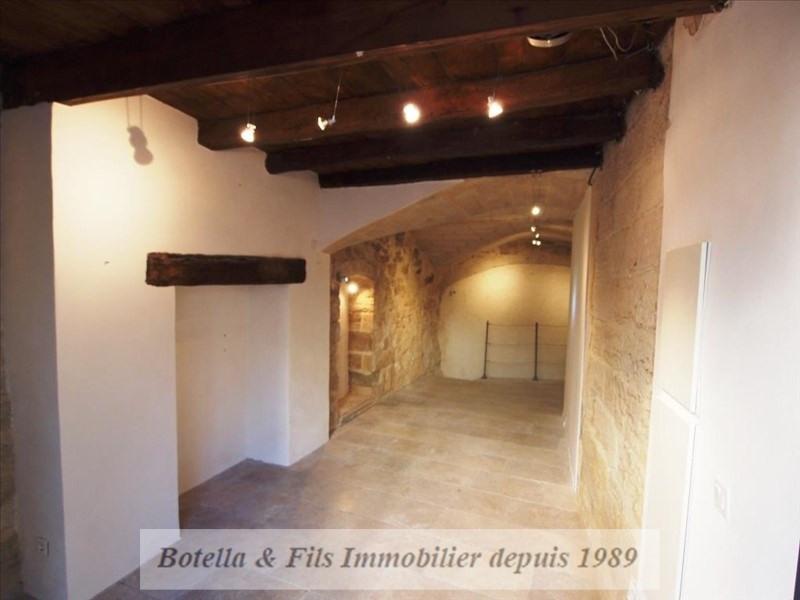 Verkoop  appartement Uzes 135000€ - Foto 1