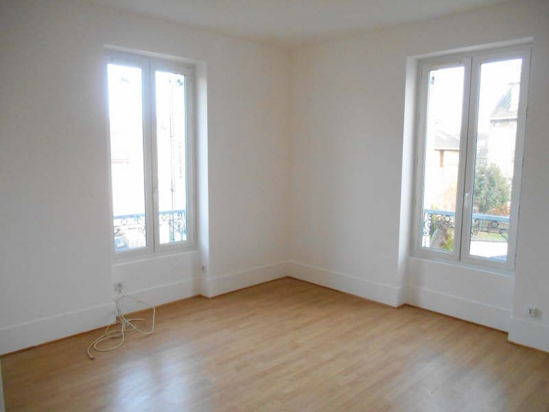 Location appartement Poissy 730€ CC - Photo 2