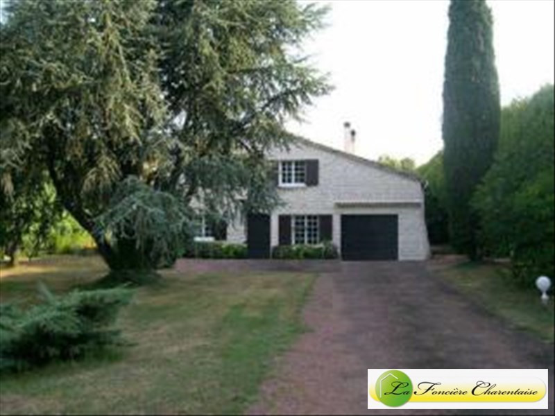 Sale house / villa Mornac 228000€ - Picture 1