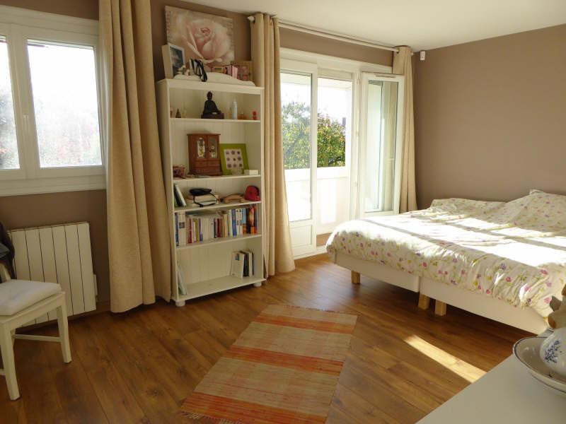 Sale house / villa Elancourt 379900€ - Picture 5