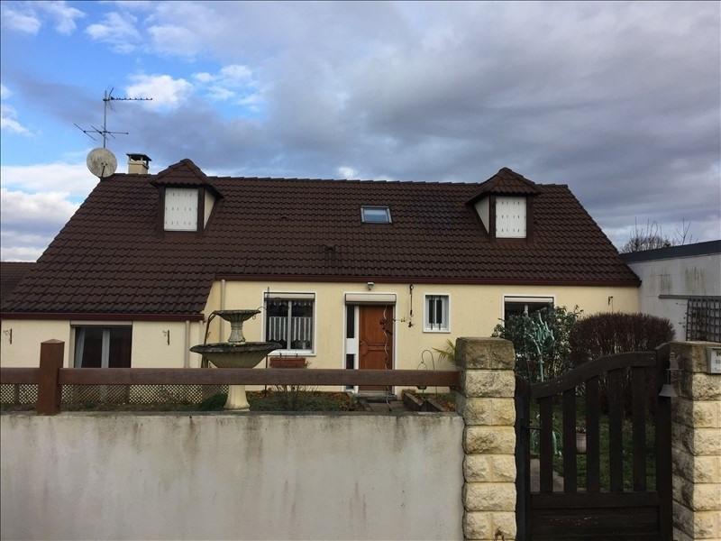 Sale house / villa Montereau 222600€ - Picture 1