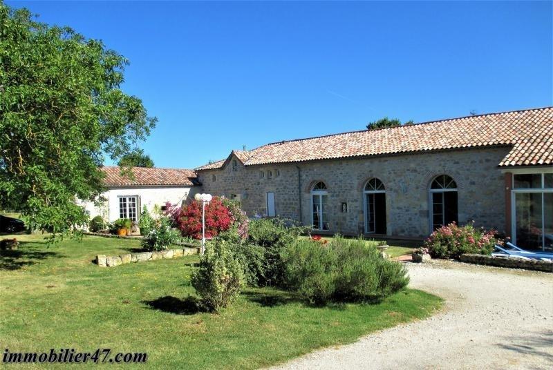 Deluxe sale house / villa Prayssas 665000€ - Picture 1
