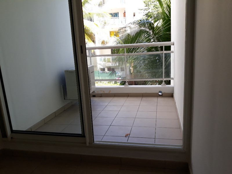 Sale apartment Saint denis 45500€ - Picture 3