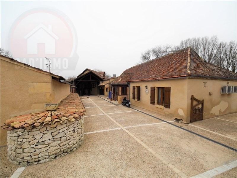 Sale house / villa St pierre d eyraud 347400€ - Picture 1