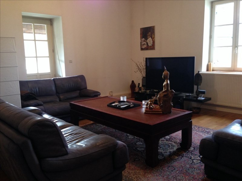 Rental apartment Assieu 850€ CC - Picture 2
