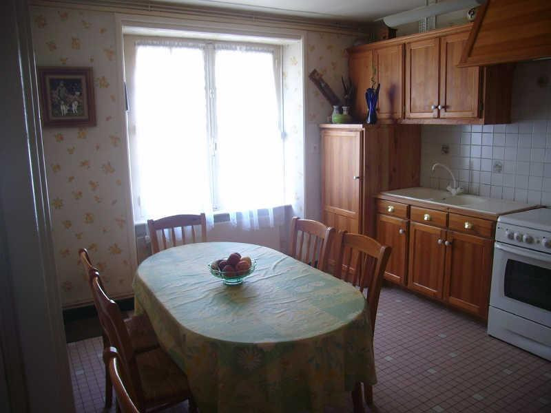 Sale house / villa Pont croix 141 210€ - Picture 2