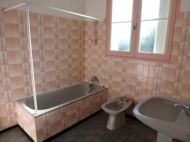 Location maison / villa Senille 565€ CC - Photo 4