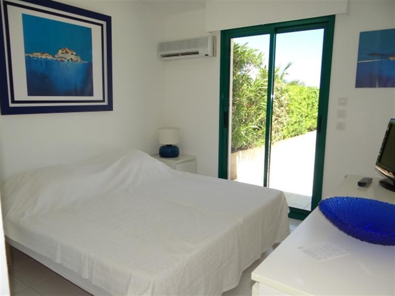 Location vacances appartement Cavalaire 800€ - Photo 15