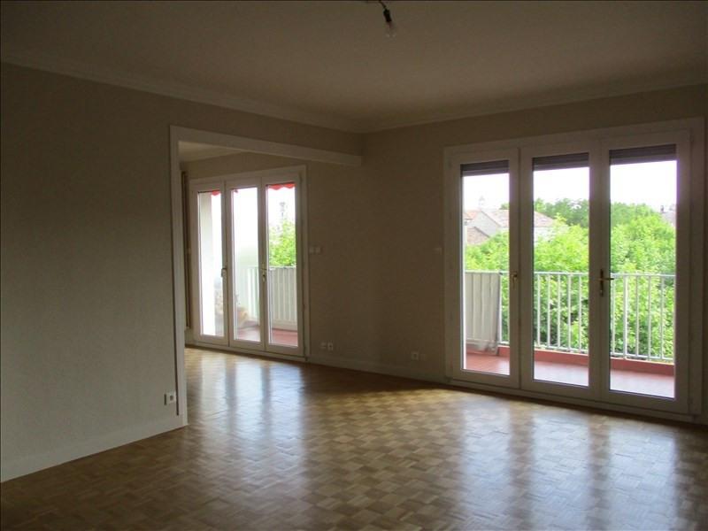 Rental apartment Montelimar 990€ CC - Picture 1