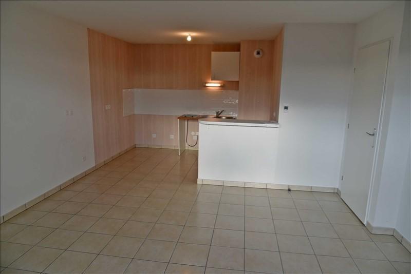 Rental apartment Collonges 783€ CC - Picture 4