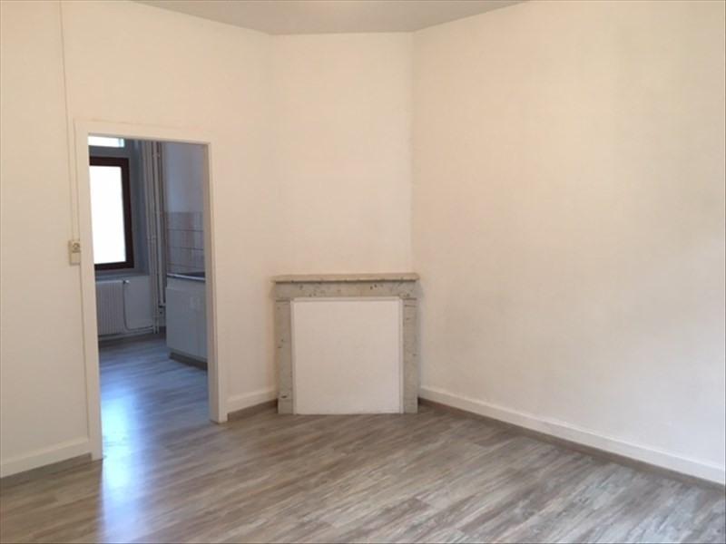 Rental apartment St quentin 420€ CC - Picture 3