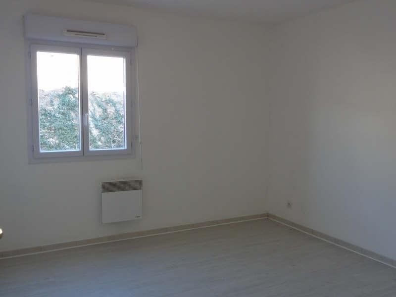 Rental apartment St raphael 633€ CC - Picture 2