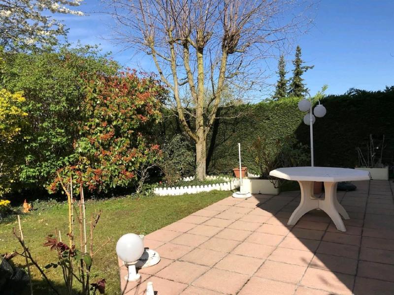 Sale house / villa Bessancourt 379000€ - Picture 2