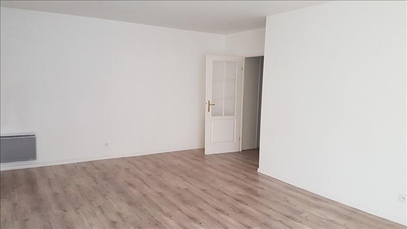 Location appartement Acheres 900€ CC - Photo 2
