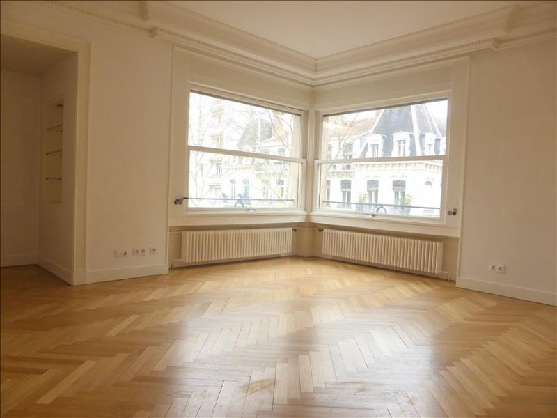 Deluxe sale apartment Lyon 6ème 750 000€ - Picture 2