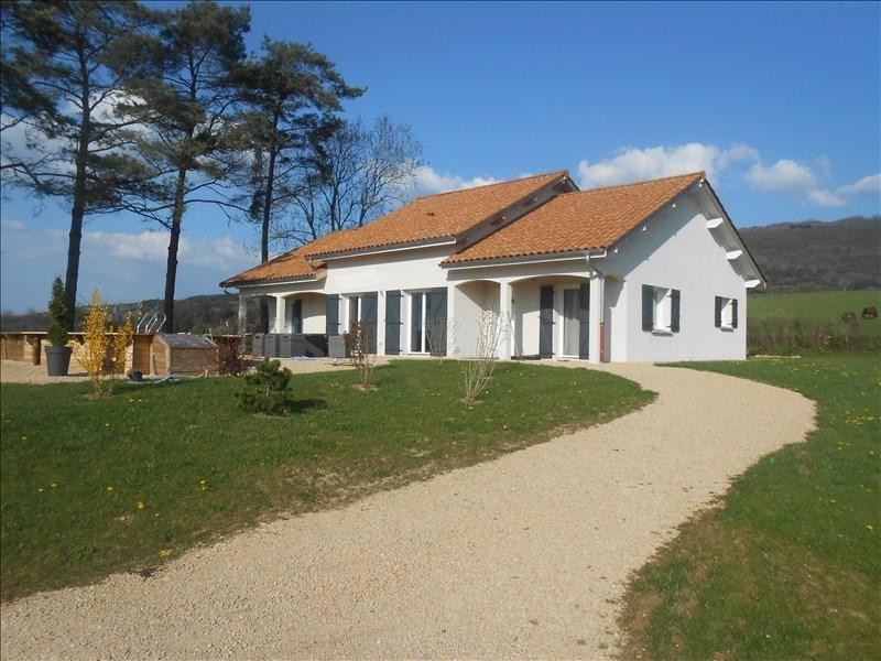 Sale house / villa 10 mn thoirette 256000€ - Picture 1