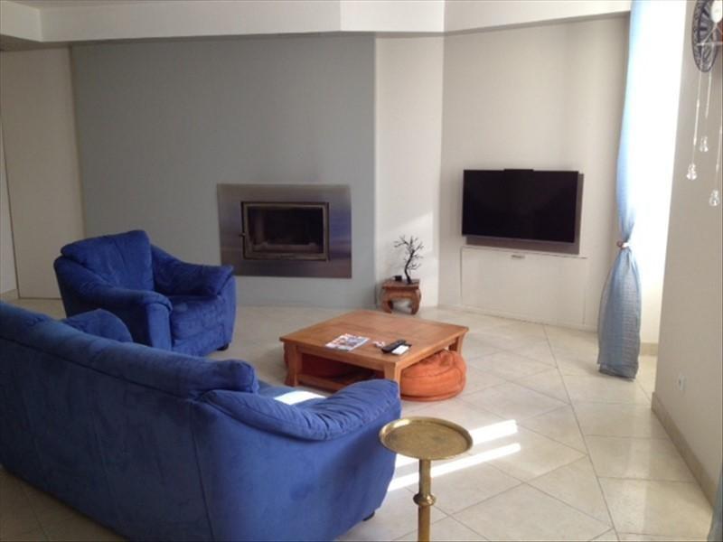 Sale house / villa Blaye 367000€ - Picture 2