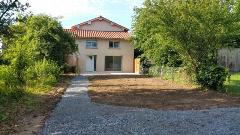 Revenda casa Montanay 266000€ - Fotografia 1