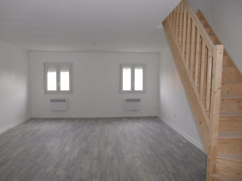 Sale apartment Crevecoeur le grand 110000€ - Picture 2