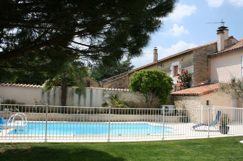 Vente maison / villa Vouille 262000€ -  2