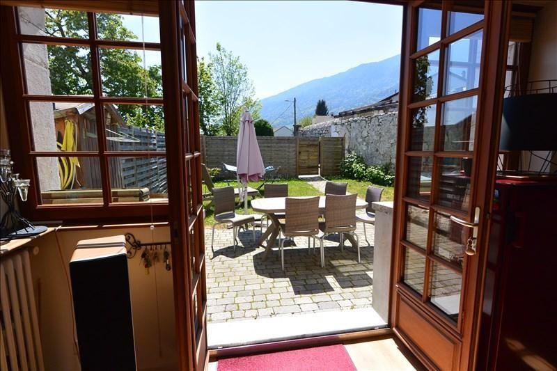 Revenda apartamento Collonges 285000€ - Fotografia 3