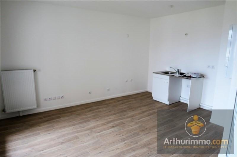 Rental apartment Vert st denis 679€ CC - Picture 4